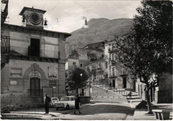 Risultati immagini per immagine del paese Ucria